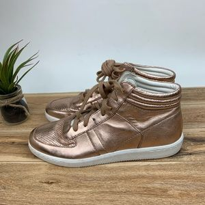Dolce Vita Nate High Top Sneaker sz 6